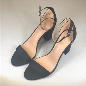 Shoes - (p247) Womens Madden Girl Aurora Heel 8M